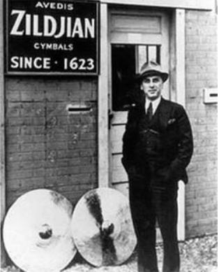 Zidjian vs Sabian